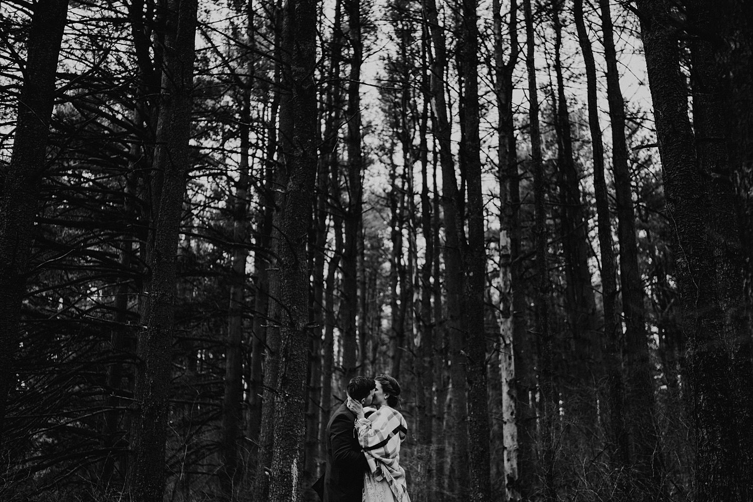 woodsey-elopement-_075.jpg