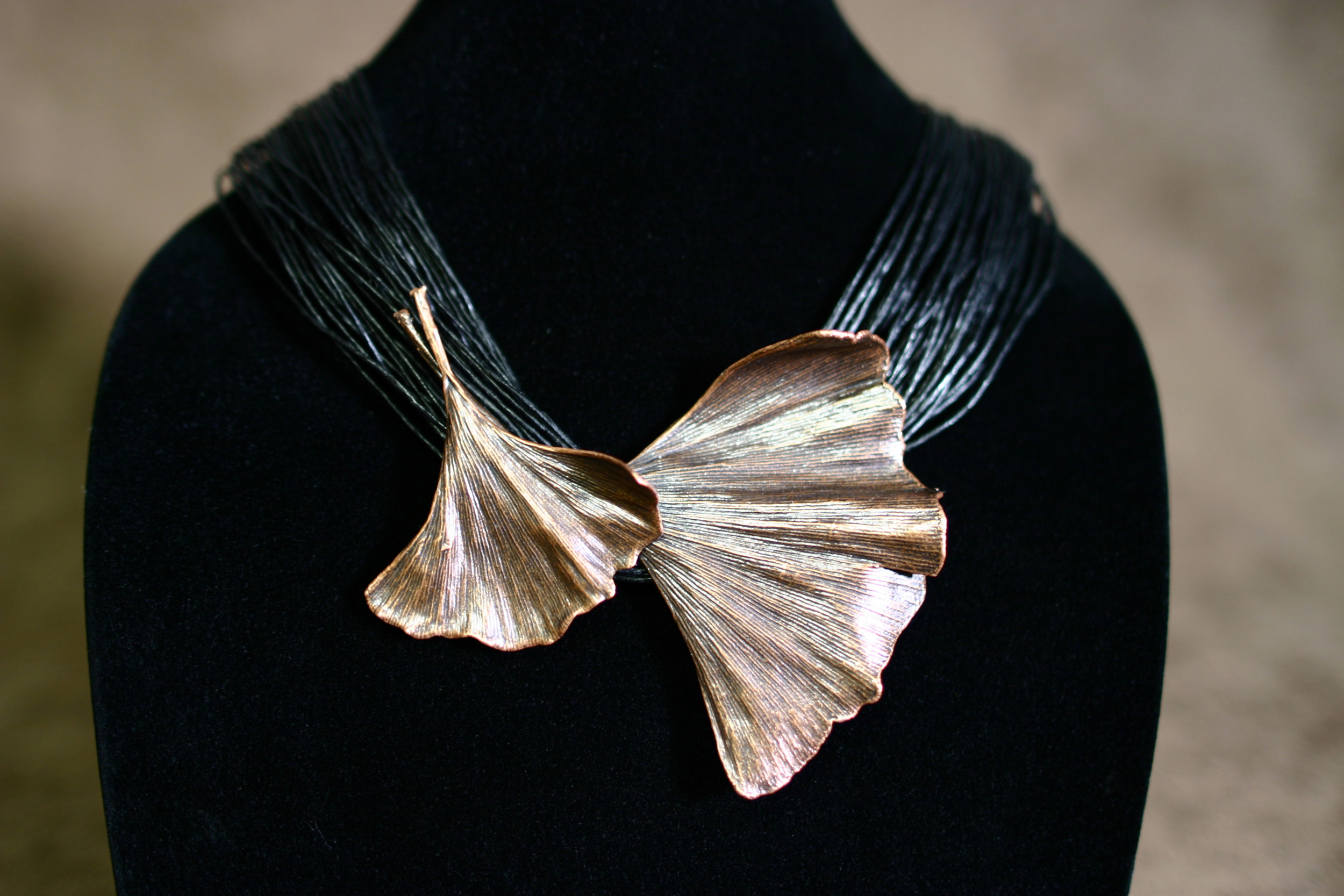 Natural Ginkgo Double Pin/Pendant