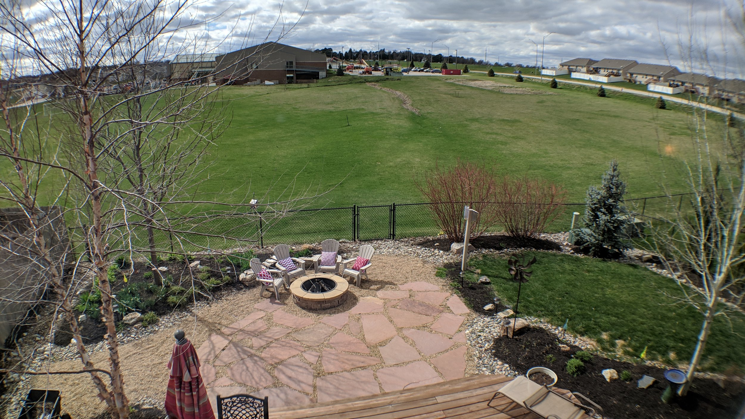 Back yard retreat, fire pit, flagstone patio, large deck, and open space!