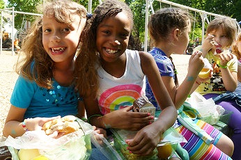 Toolkits to make a difference - San Diego Hunger Coalition has created toolkits to help you or your organization start meal programs in your community. Get the Summer Meals Toolkit to learn about starting a summer meal site near you!