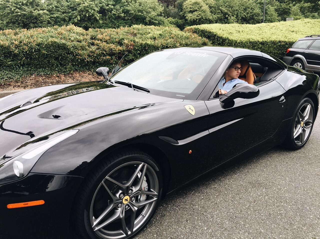 Ferrari 2.jpg