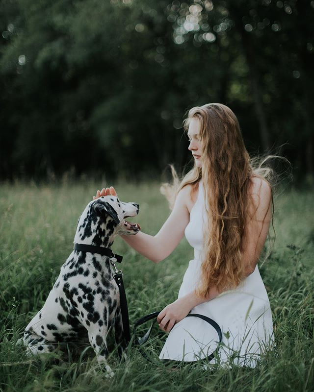 Ida & Queenie 🖤 Please always bring your doggo to the photo session, it makes my day, every time.