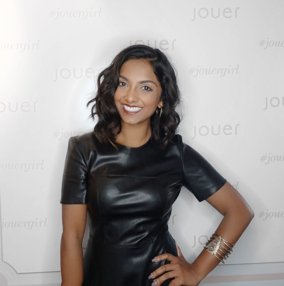 The calm after the storm at the Jouer booth @ #GenBeauty (Dress: Zara & Bangle: F21 LOL)
