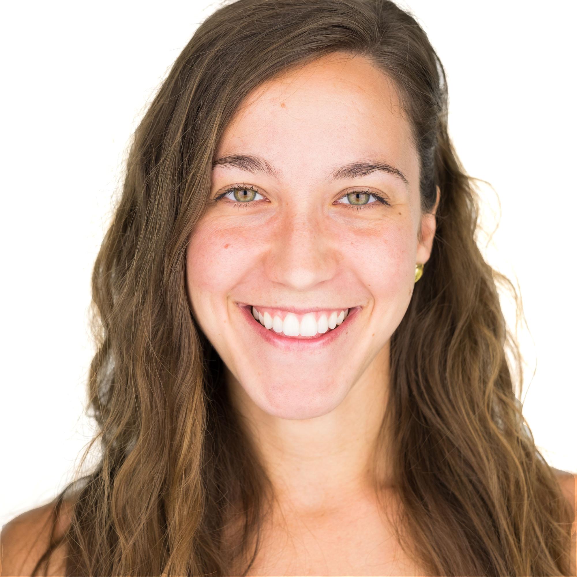 Headshot Lydia Jarjoura .jpg