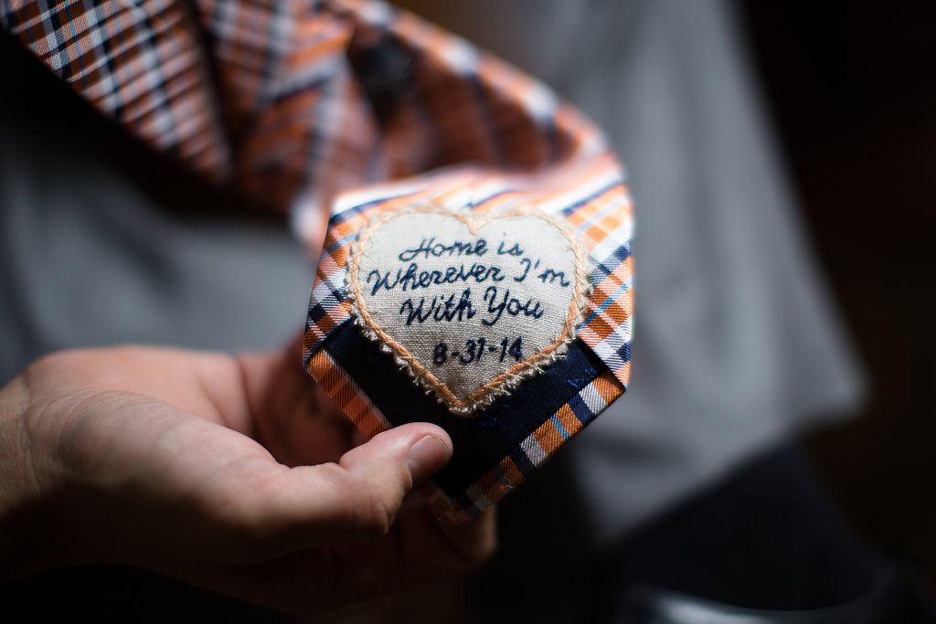 Photocredit: Karlo Photography                      A message from the bride sewn into the groom's tie is a lovely idea.