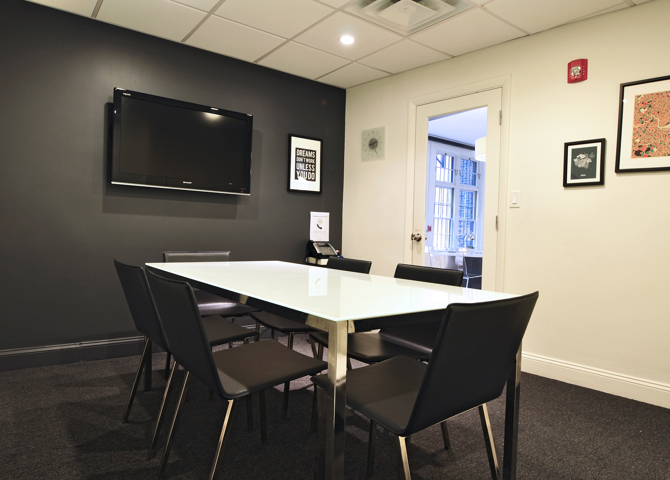 DUXBURY   (Capacity 6 people)   $70 per hour / $220 half day / $360 full day    Includes:  Monitor, Mark-Up Wall, Direct Phone Line  Make a Reservation:  Call (857) 239-9843 or  Email Us   Payment:  50% to hold reservation, 50% day of meeting  Location:  30 Newbury Street, 3rd Floor ( Map )