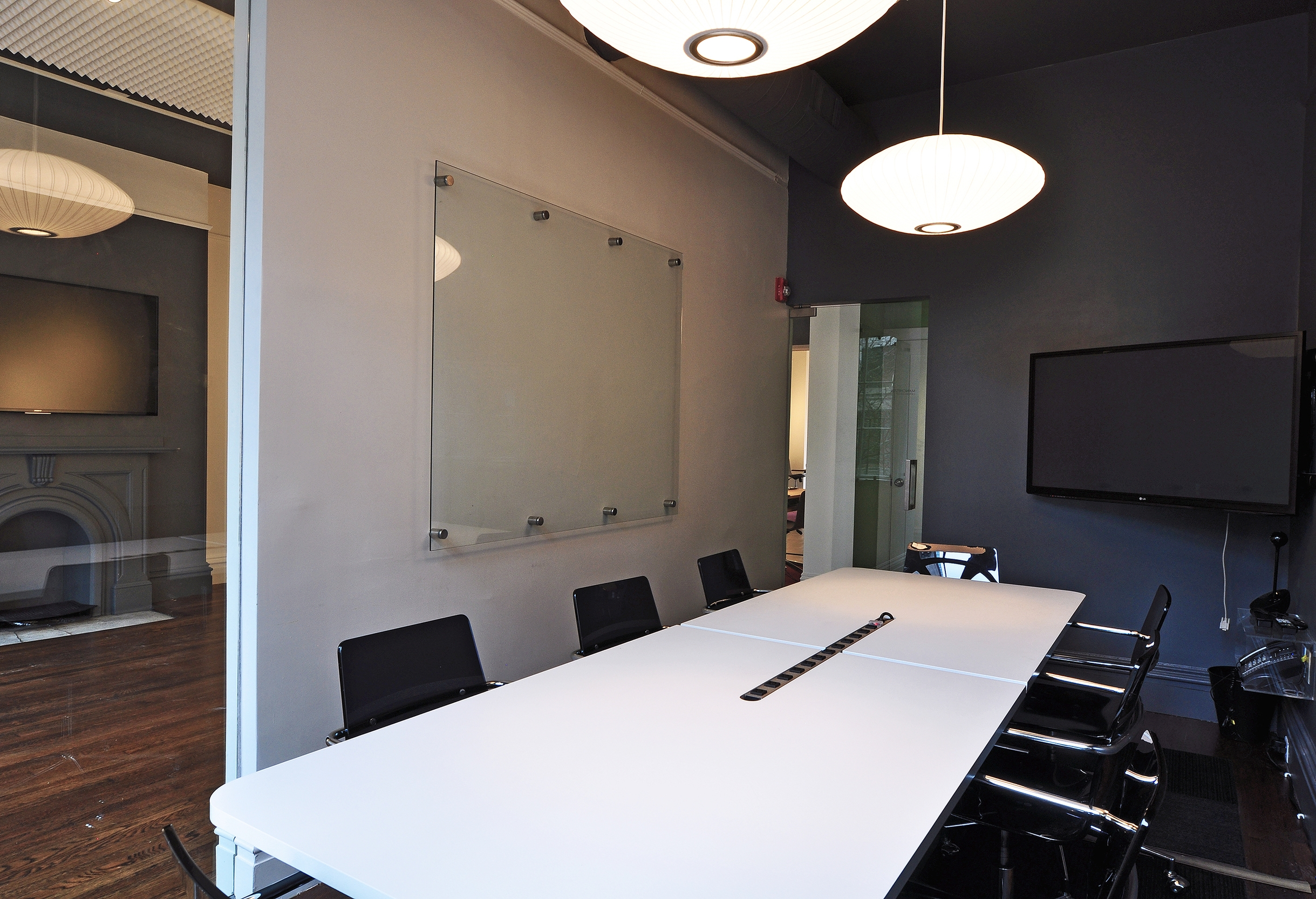 MANCHESTER   (Capacity 8 people)   $80 per hour / $260 half day / $420 full day    Includes:  Monitor, Mark-Up Wall, Direct Phone Line  Make a Reservation:  Call (857) 239-9424 or  Email Us   Payment:  50% to hold reservation, 50% day of meeting  Location:  129 Newbury Street, 2nd Floor ( Map )