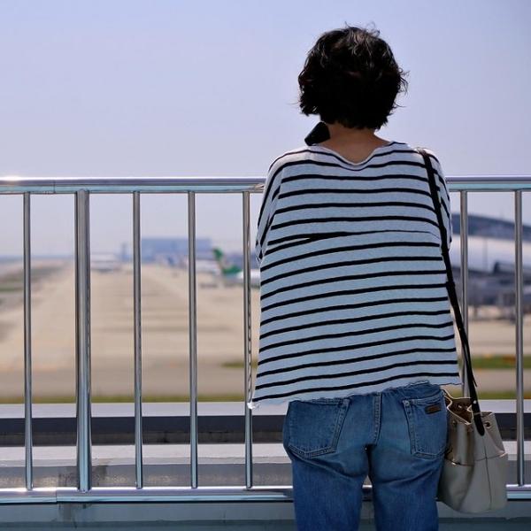 Kansai-International-Airport-Osaka-Women-Japan-1429043.jpg