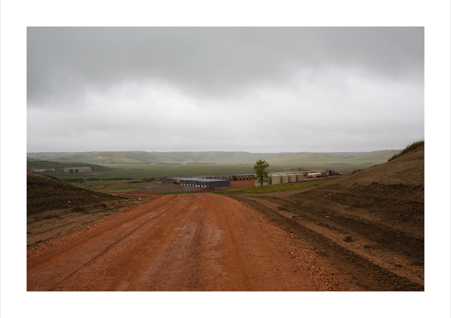 _MG_4053 Fracking site south of Stanley, ND expanded-20x3-print.jpg