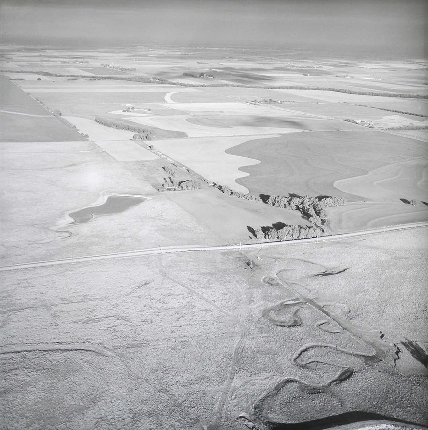 PLAIN_WITH_RIVER_BED_MAY_8_1991.jpg