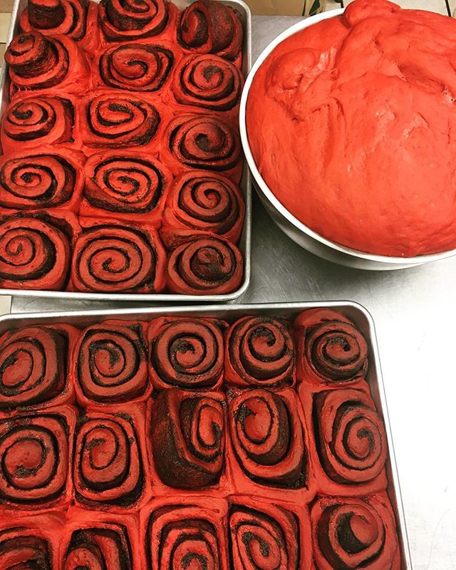 First two pans of red velvet cinnamon rolls are coming out! Get them while they're hot!! Due to high demand we can not take phone call orders for them, you must come in and order, while supplies last!! Happy Friday! #redvelvetcinnamonrolls #yum #tistheseason