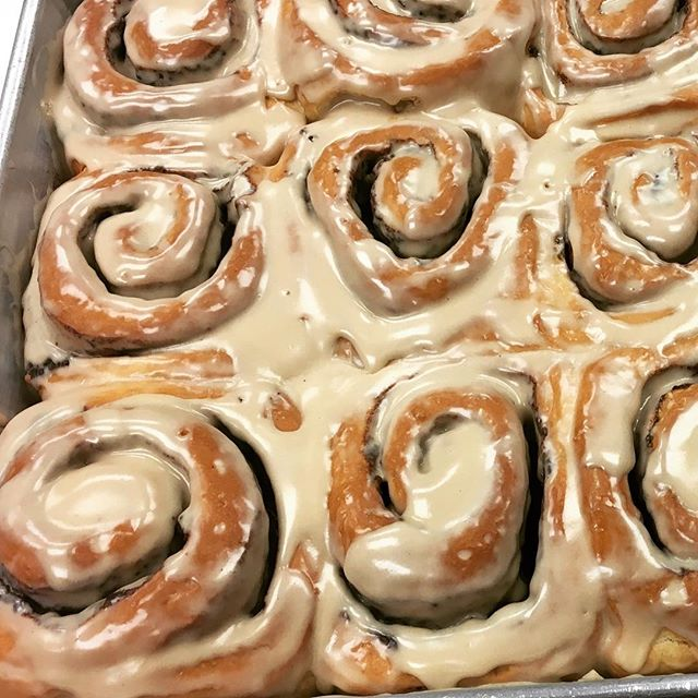 If you missed out yesterday don't worry! We have a pan of these maple frosted cinnamon rolls today too! Come get some before they sell out!!! #cinnayum #maple #maplecinnamonrolls #yourewelcome
