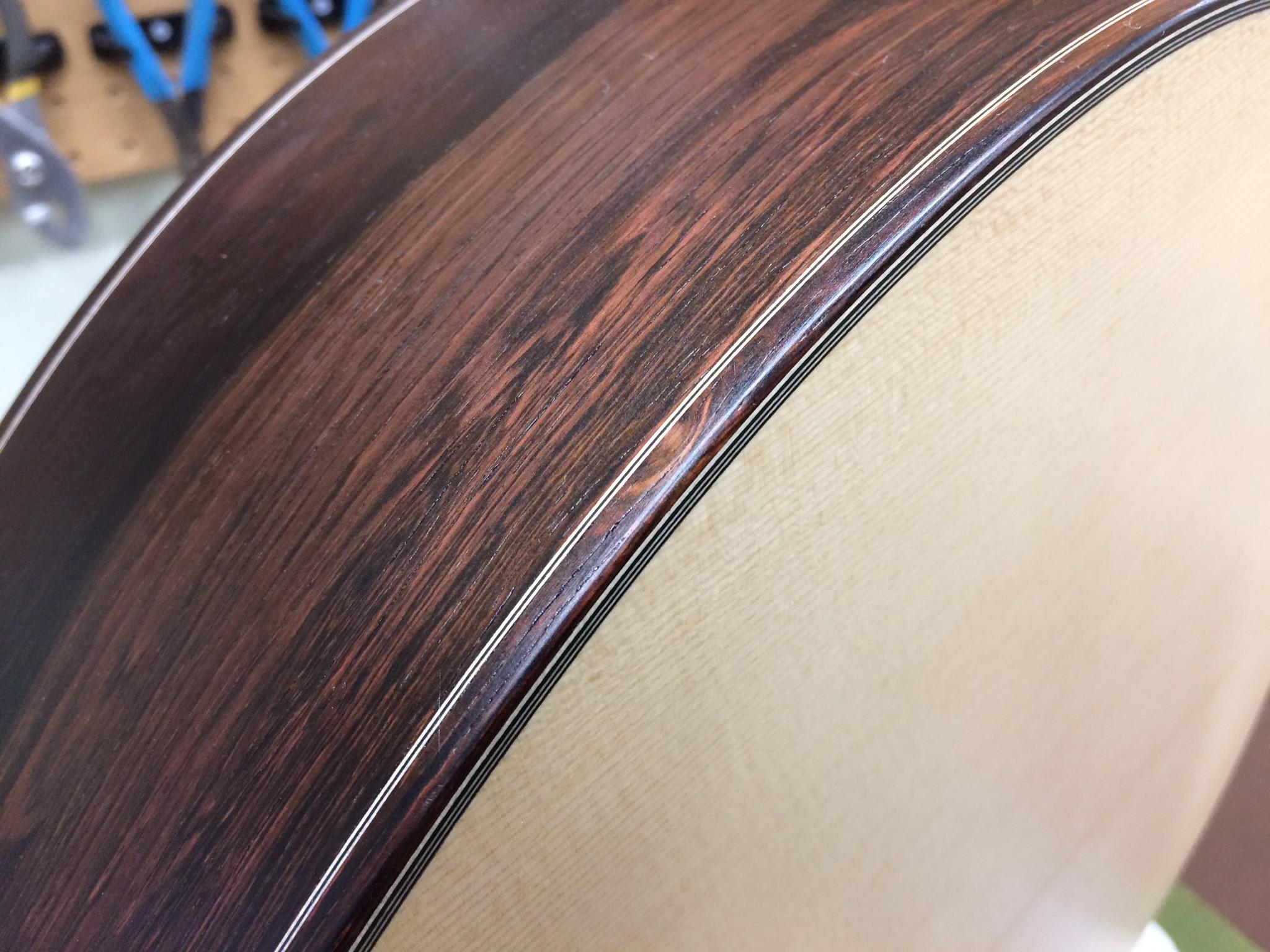 Binding and purfling detail.