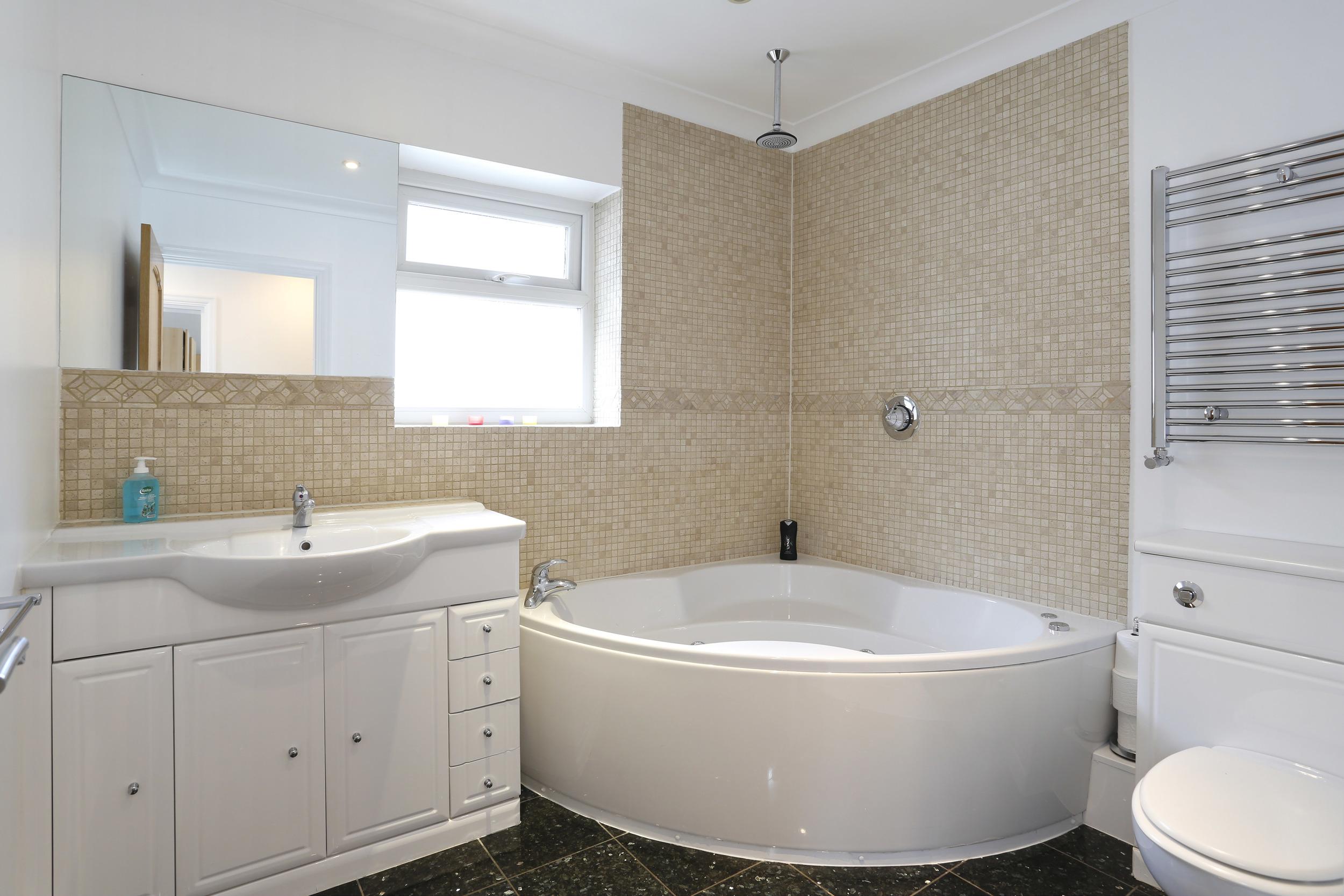 Coombe Lane 241 - Bath.jpg