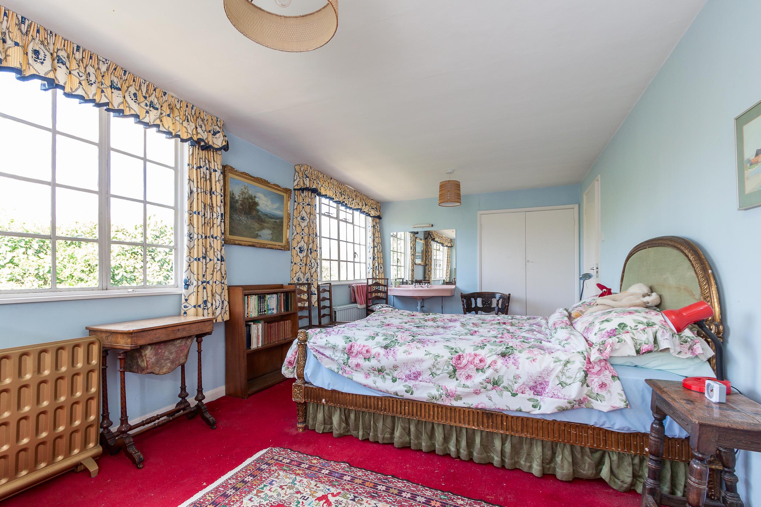top bed 1.jpg