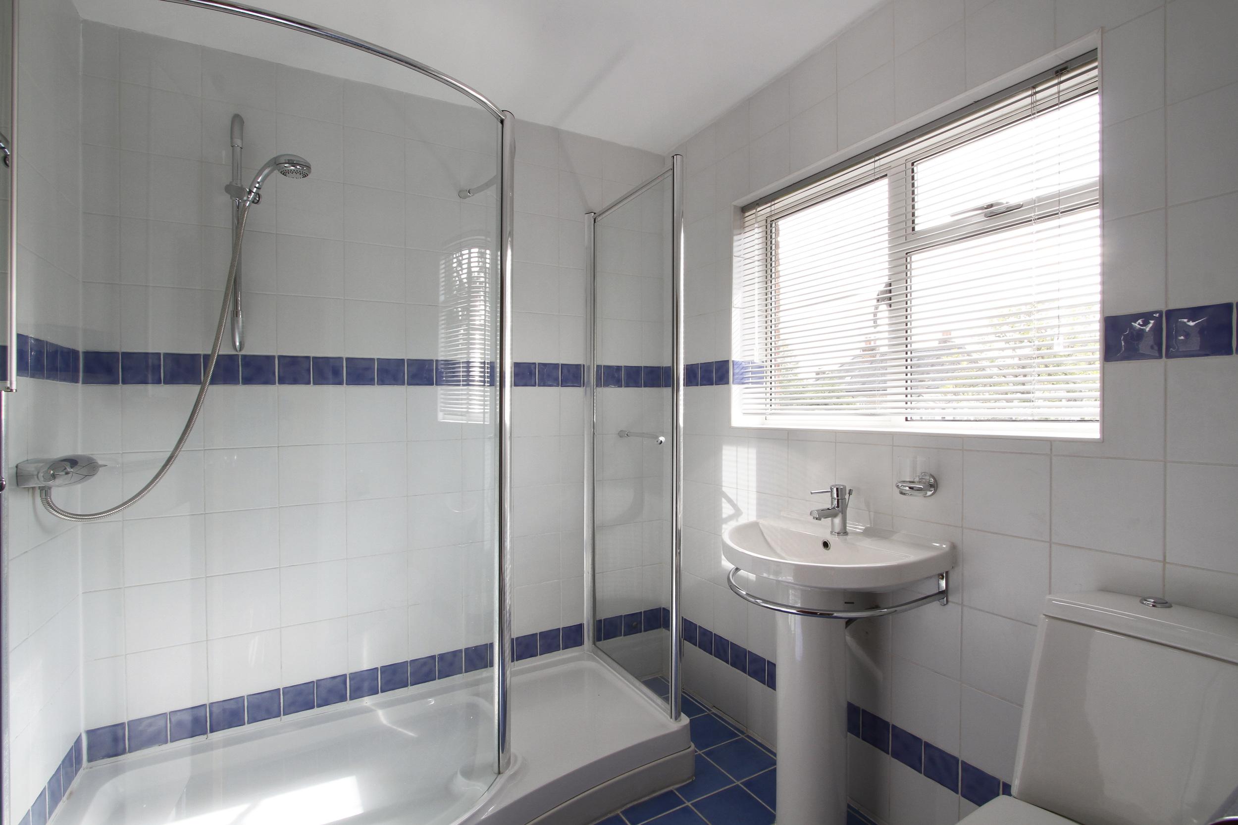 Turret Hse - Bath.jpg