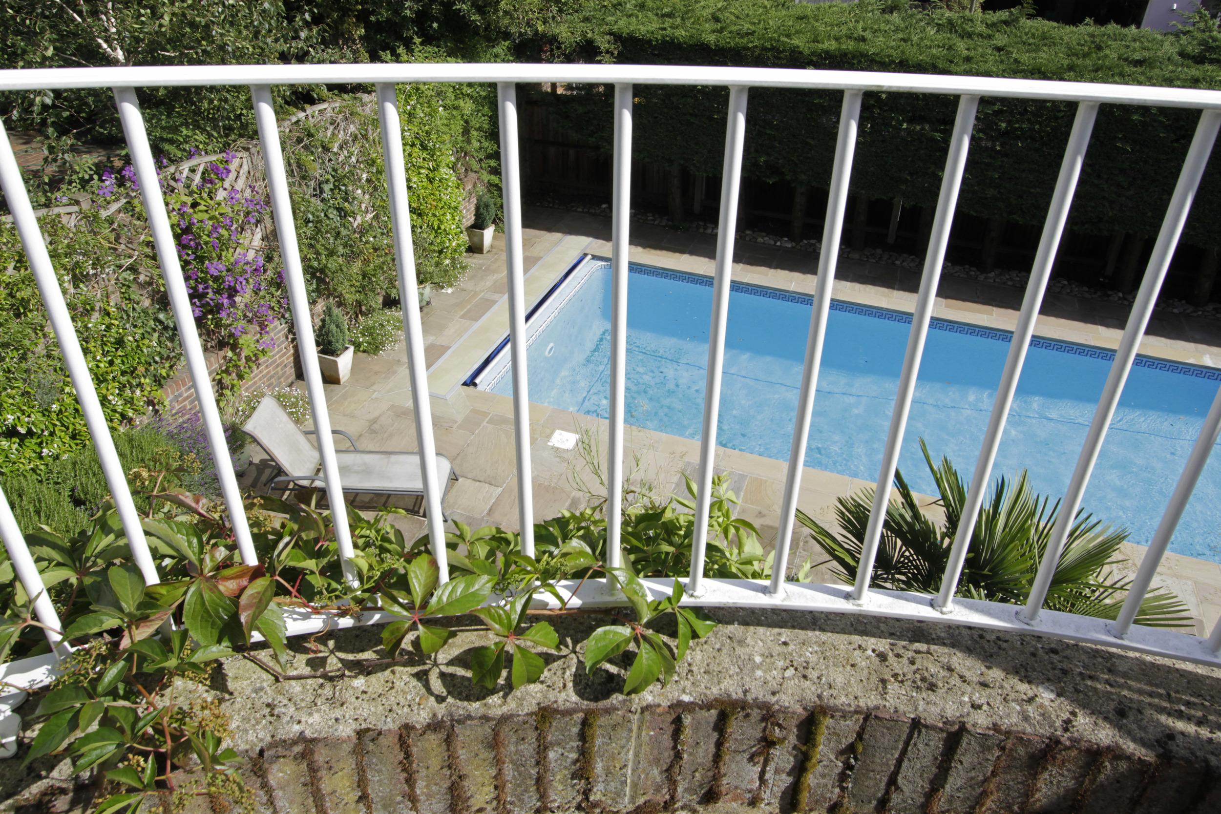 Turret Hse - Balc-pool.jpg