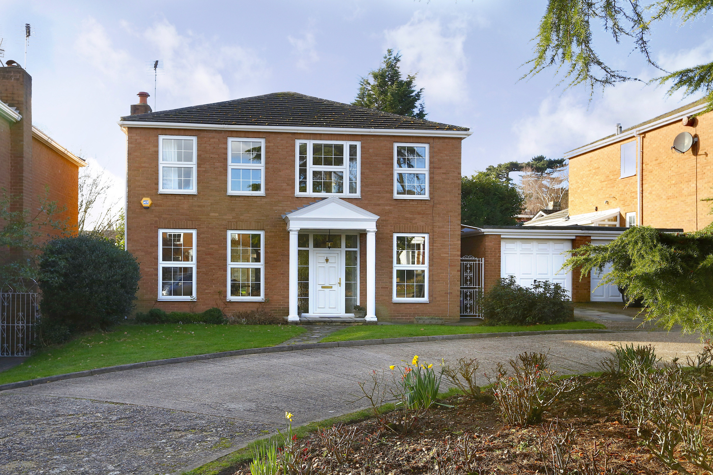 Coombe House Chase 4 - Gen Ext.jpg