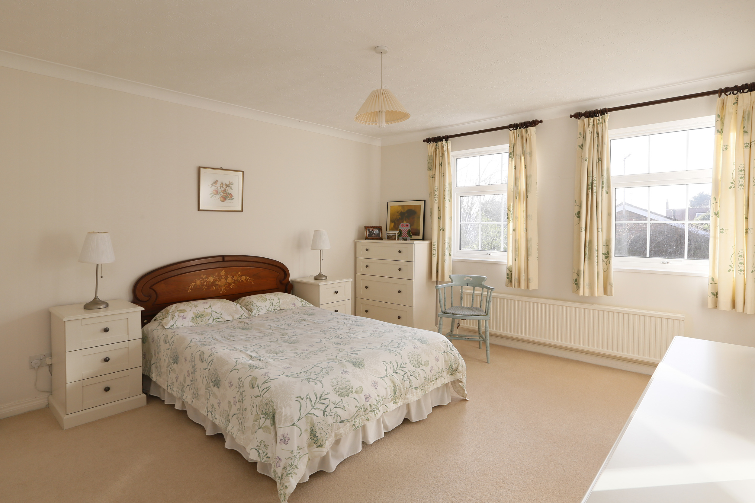 Coombe House Chase 4 - M Bed.jpg