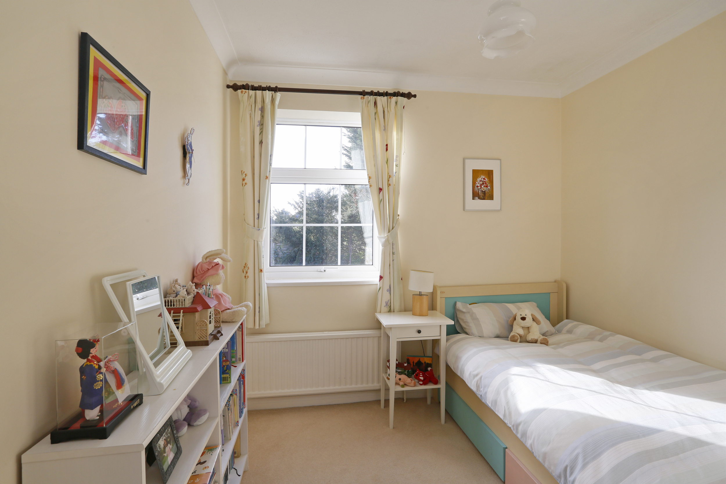 Coombe House Chase 4 - Bed2.jpg