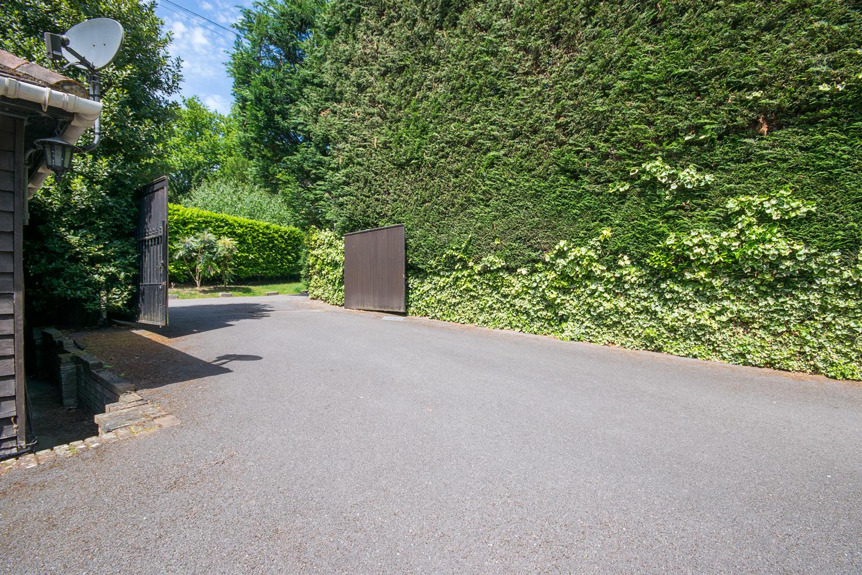 Driveway-1.jpg