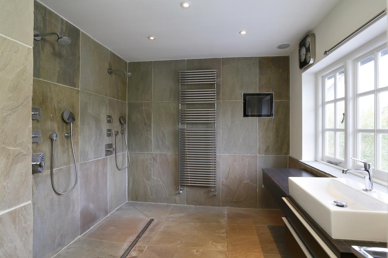 Coombe+Lane+W+19+-+Shower.jpg