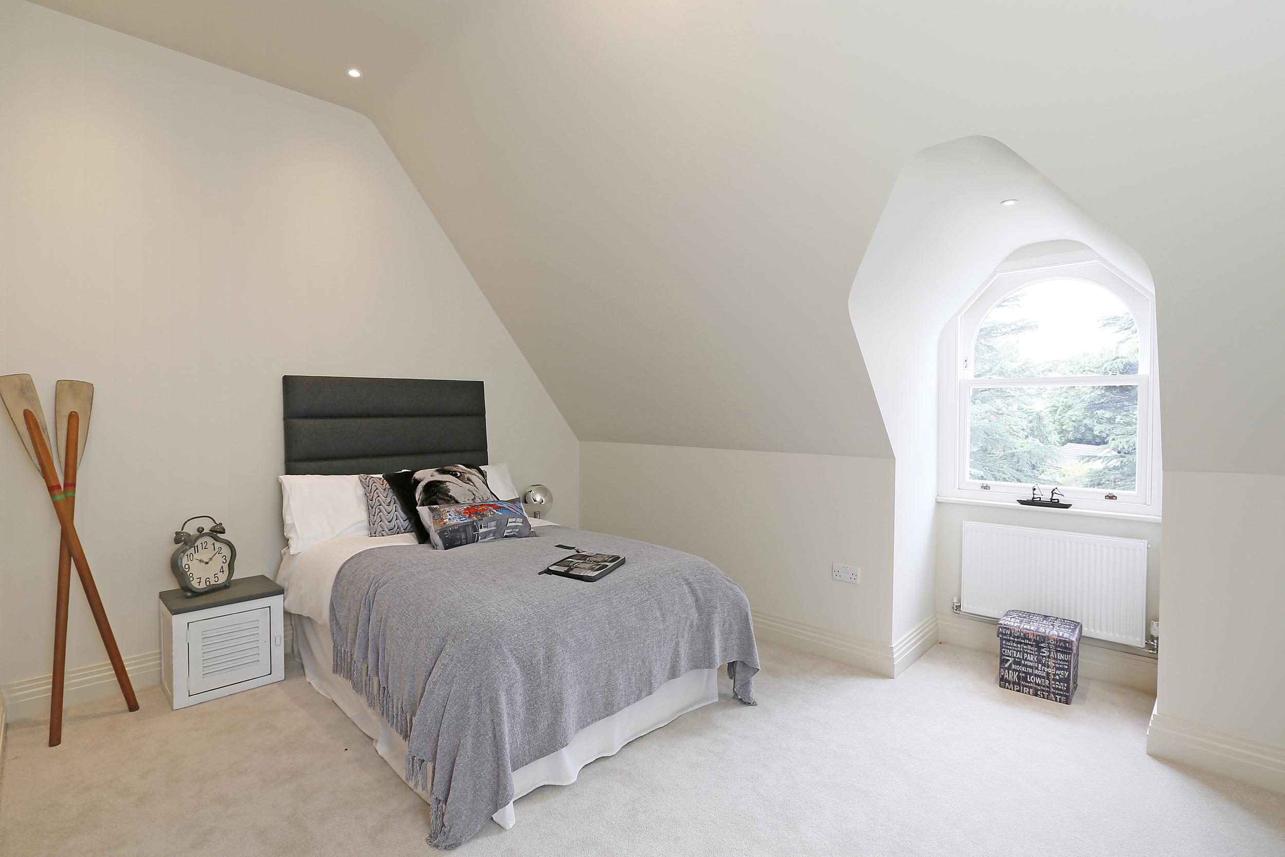 Fairlawn 3 - Top Bed.jpg