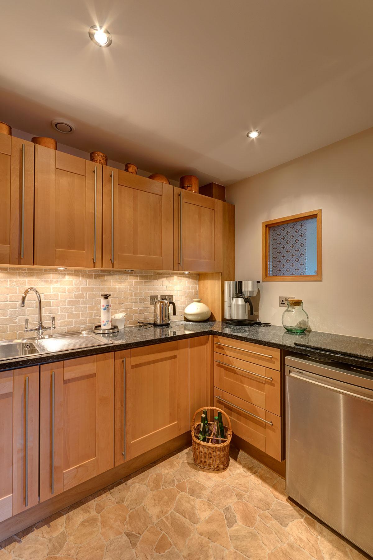 mini-kitchen.jpg
