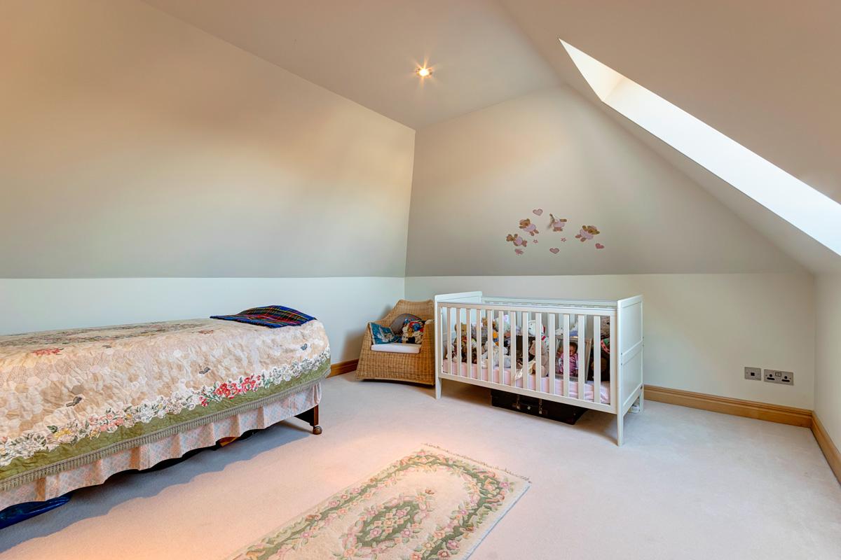 top bedroom.jpg