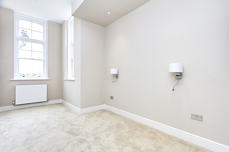Coombe Road 35 Flat 8bed3.jpg