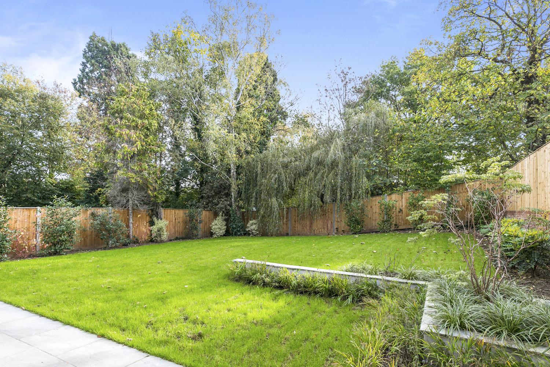 Greenwood-Park,-Coombe-Estate,-Kingston-KT2-7EA-6.jpg