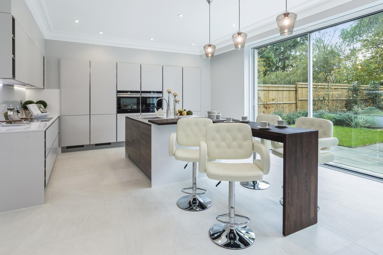 13-Greenwood-Park,-Coombe-Estate,-Kingston-KT2-7EA-239.jpg