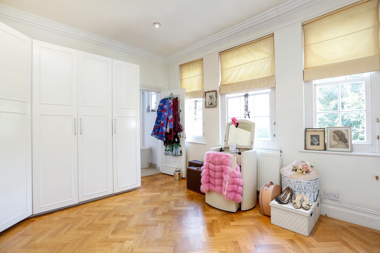 grey-tiles-Master Dressing Room.jpg