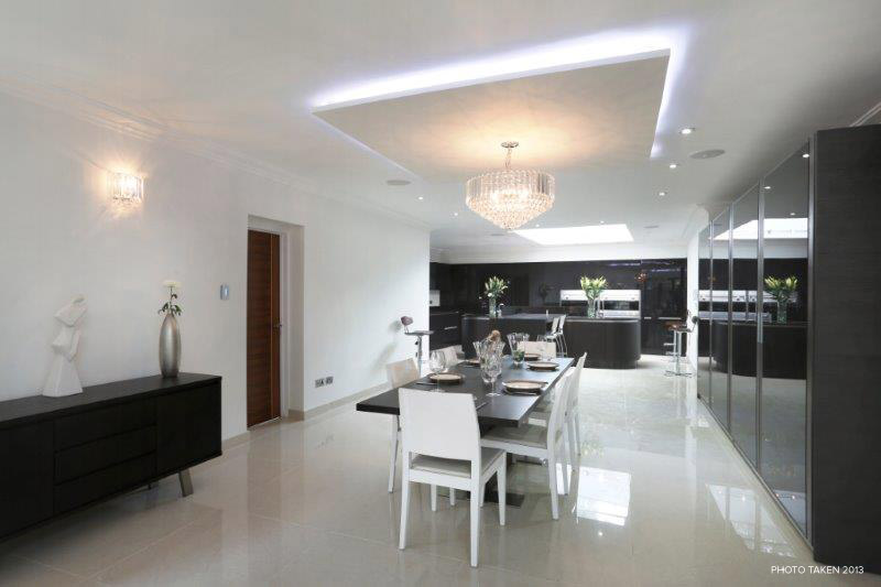 Corscombe Close 2 - Dining.jpg