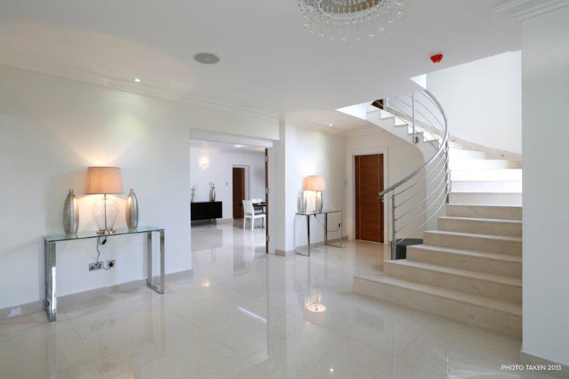 Corscombe Close 2 - Hallway.jpg