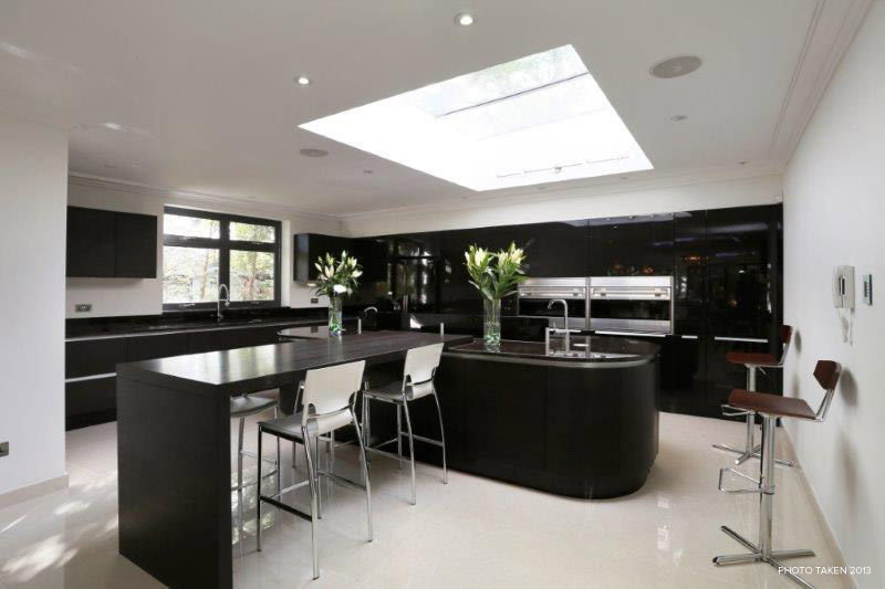 Corscombe Close 2 - Kitchen.jpg