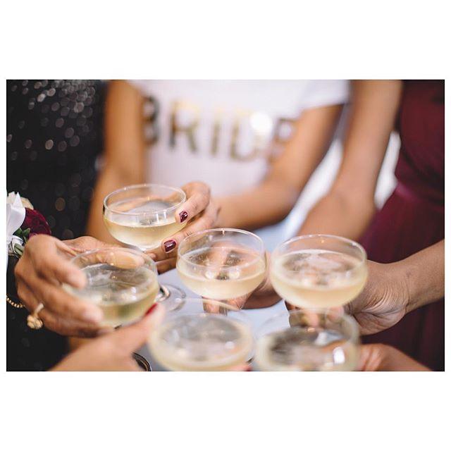 Let's Celebrate! 🥂 #whitewedding #sayido #longbeachwedding #californiawedding #weddingphotographer #losangelesweddingphotographer