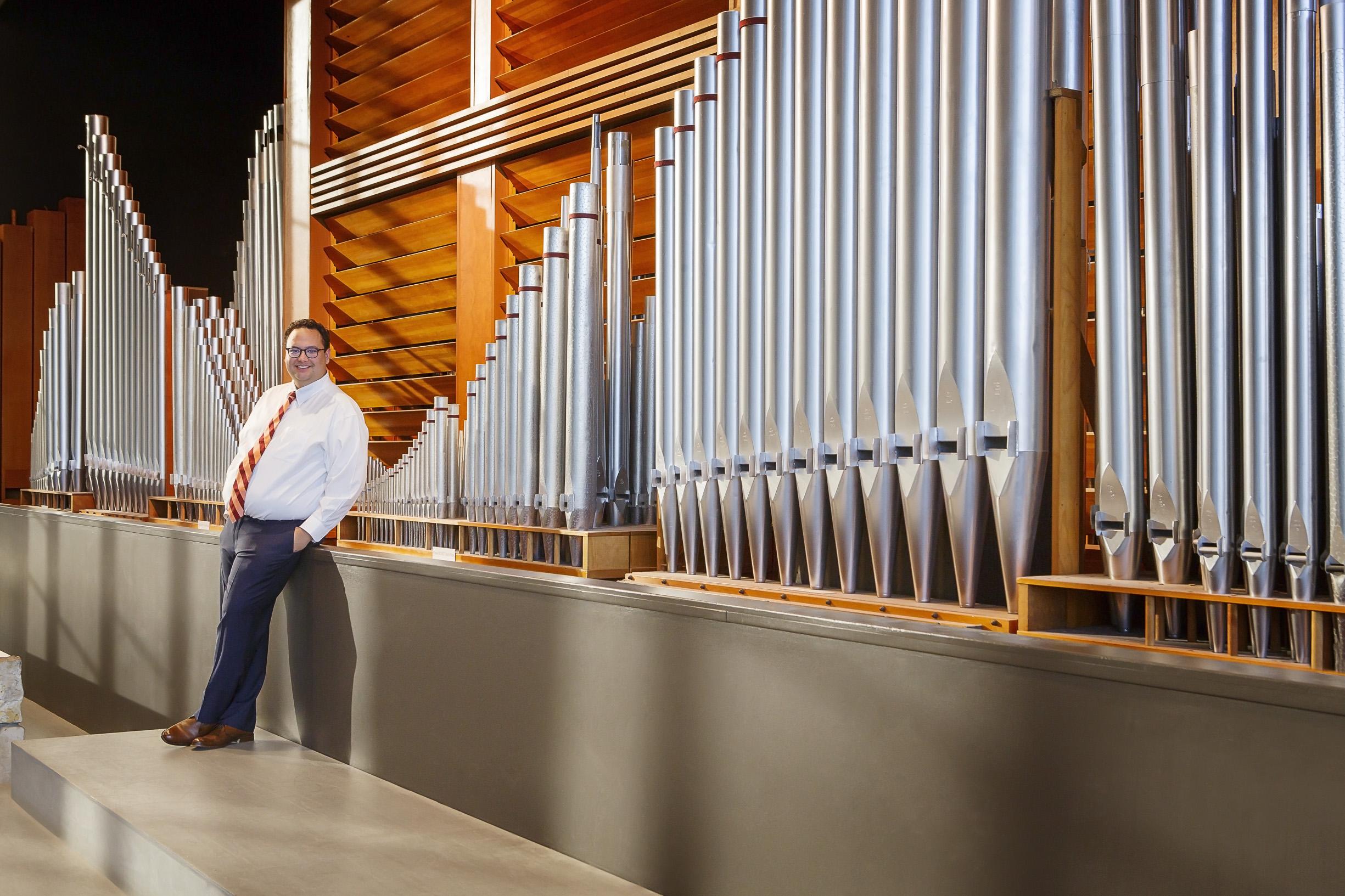 David Ball, Organ. Photo Credit: Cris Costea Photography