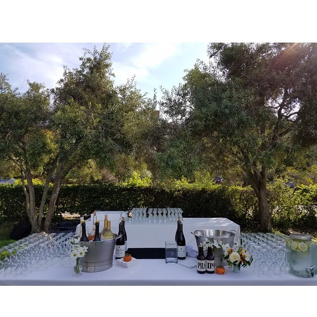 Outdoor Wedding Bar Set up @ Tides  Thoreau Center Congrats to the happy couple! 👏👰💍🎃🍷 #tides center #sfevents #wedding #diywedding #barsetups #pme #tlc #theliquidcaterers #alcoholNice