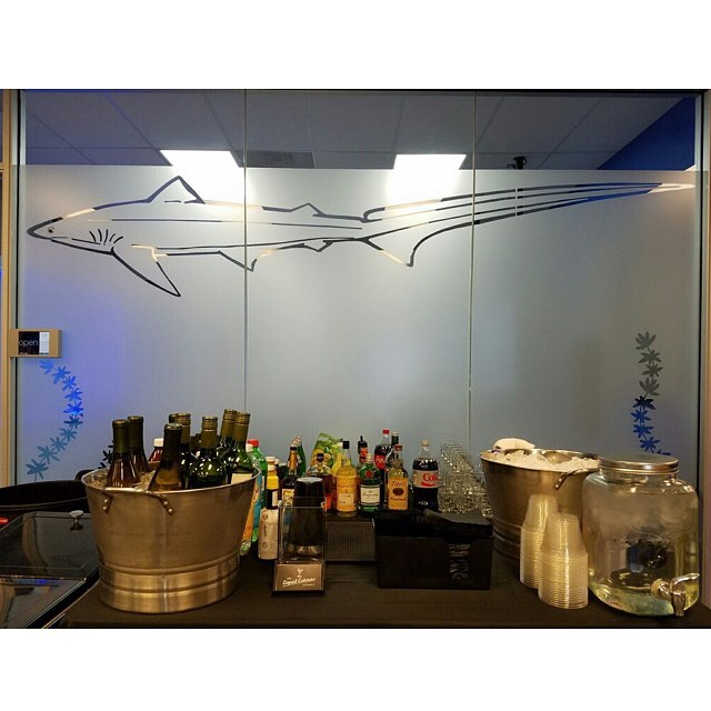 Beautiful Bar set up @ Thresher! 🐠🌊🏄 . . . . . . . . #thresher #tlc #theliquidcaterers #barsetup #sfevents #bartenderforhire
