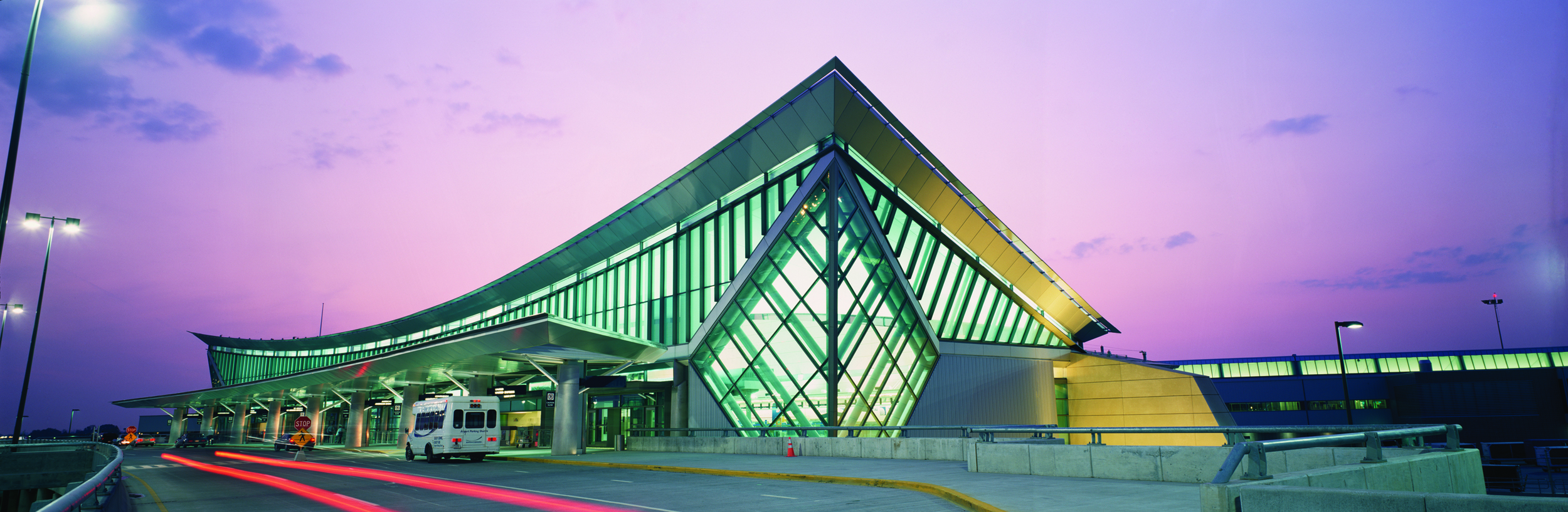 PUNCH-PR-Toronto_Travel_Buffalo Niagara Airport