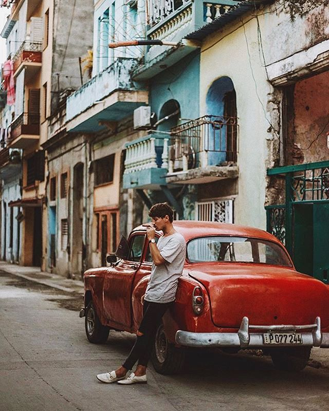 💭Dreaming of Havana, oh na na 📸: @doyoutravel