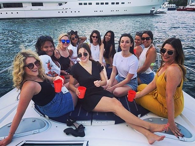 Work hard, play hard🥂🛥#summerparty #teamlove #pr #toronto #prlife
