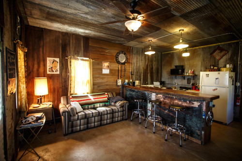 The sitting room/bar portion of my suite at Shakesdale. I woke up in my bed so I know there was a bedroom. Watermelon Slim slept on the bar.