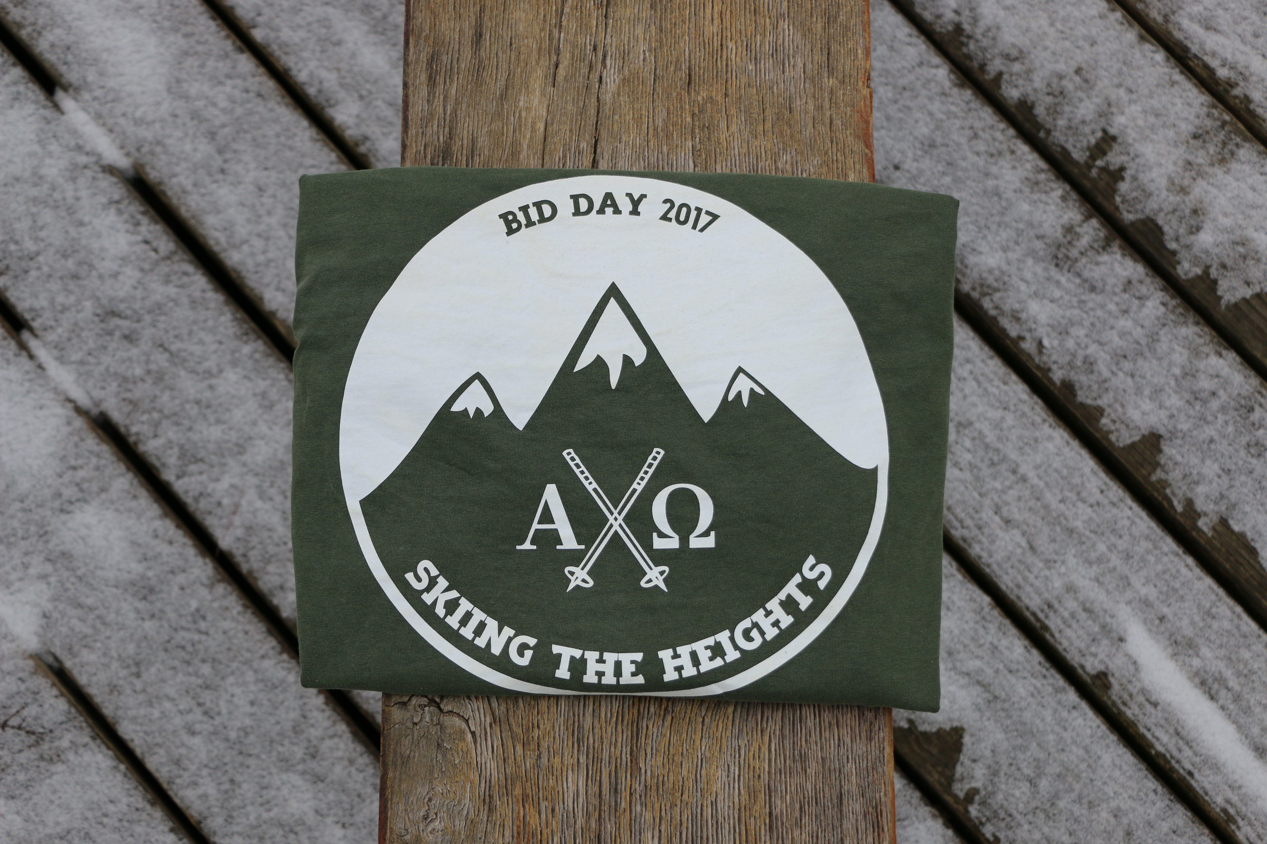 THE BEARDED MAN HITS THE SLOPES for sorority bid day at LOYOLA chicago.
