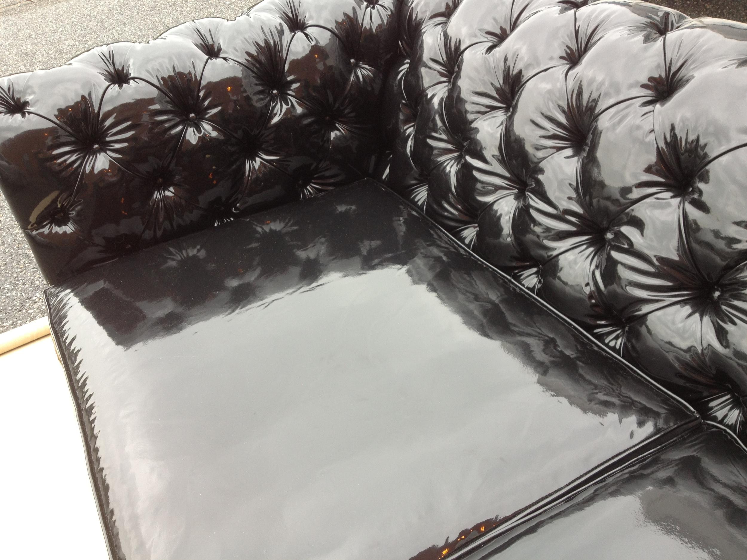 chesterfield sofa (5).JPG