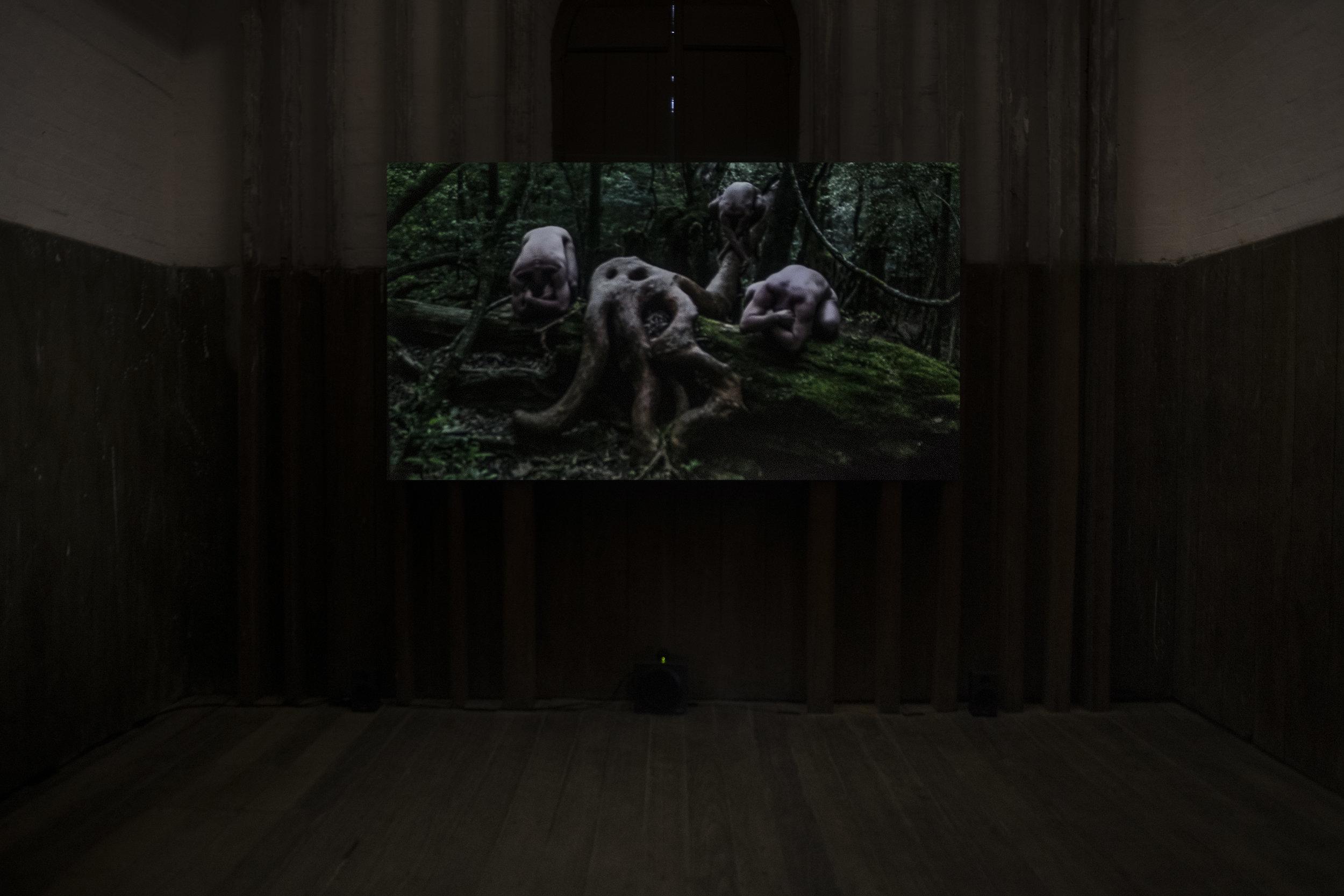 Gilles Delmas /Damien Jalet, THE FERRYMAN (le passeur des lieux), film, 57min, courtesy the artist. image: Liam James