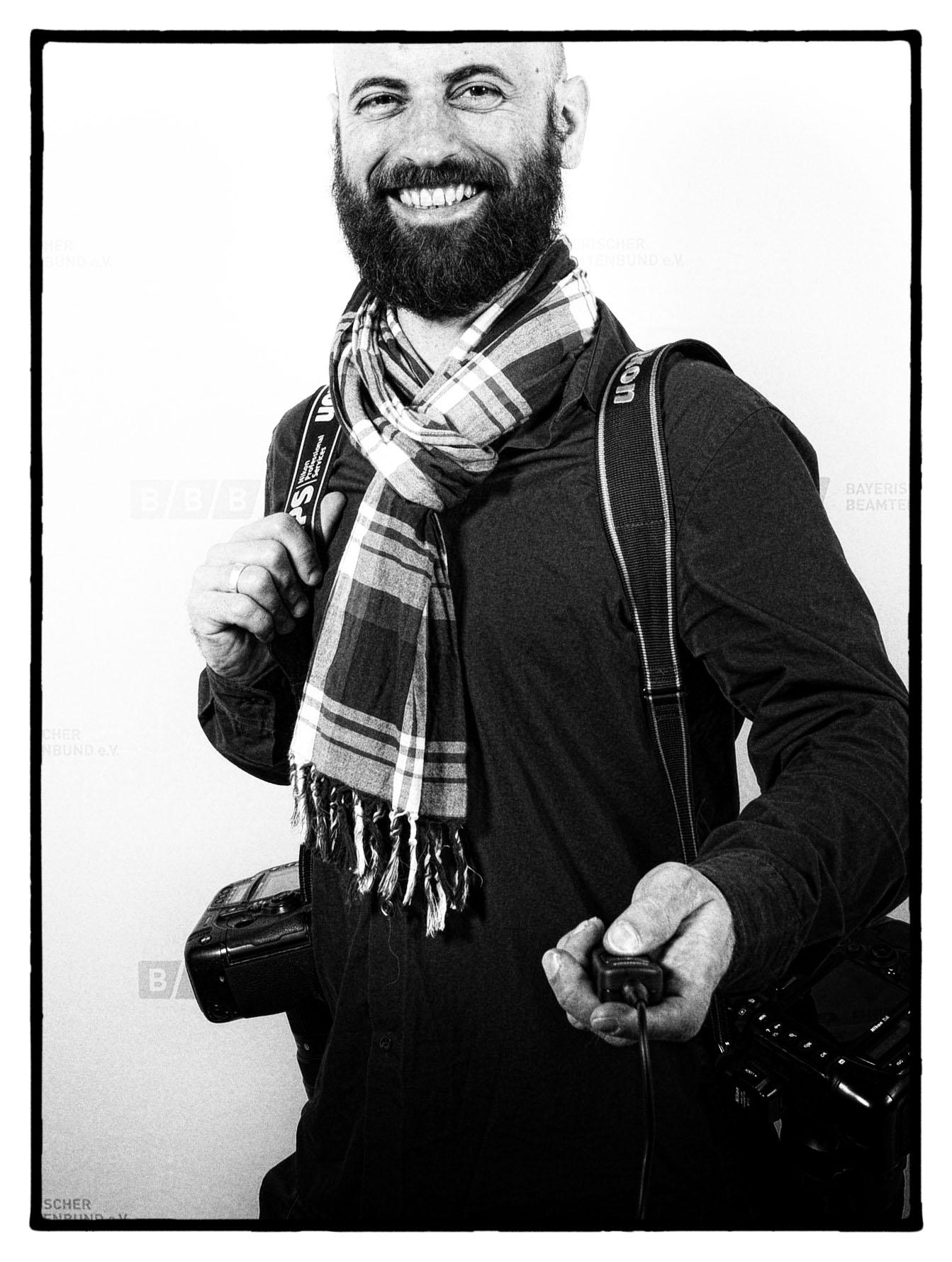 andreas@gebert-fotografie.com  +49-152-33723156  Instagram: agebertphoto  https://agebert.exposure.co/  Soyerhofstr. 42, 81547 München  Boxhagener Str. 86, 10245 Berlin