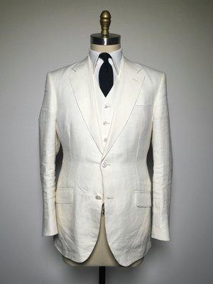White+linen+suit.JPG