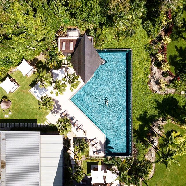 "WOW!! Check out Niramaya Port Douglas. A huge shoutout to our gorgeous friends Wade & Janine at @niramayaspa who are one of our sponsors in our ""MAY RAFFLE"" ~ get yourself into this incredible spa & treat yourself. You deserve it!! ~ more info on each businesses website ————————————————————— Incredible photo 📸 via @petersedlacik ————————————————————— #barbadosportdouglas #raffle #prizes #discoparty #sailawayportdouglas #martiniqueislandstyle #portdouglas #cocktailbar #paradise #luxury #style #bar #restaurant #alcohol #food #wine #cocktails #champagne #travel #instatravel #crystalbrooksuperyachtmarina #greatbarrierreef #daintreenationalpark #discoverfnq #thisisqueensland #queensland #exploreaustralia #australia"